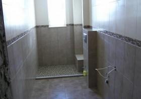 Remont łazienki w wąskim pomieszczeniu